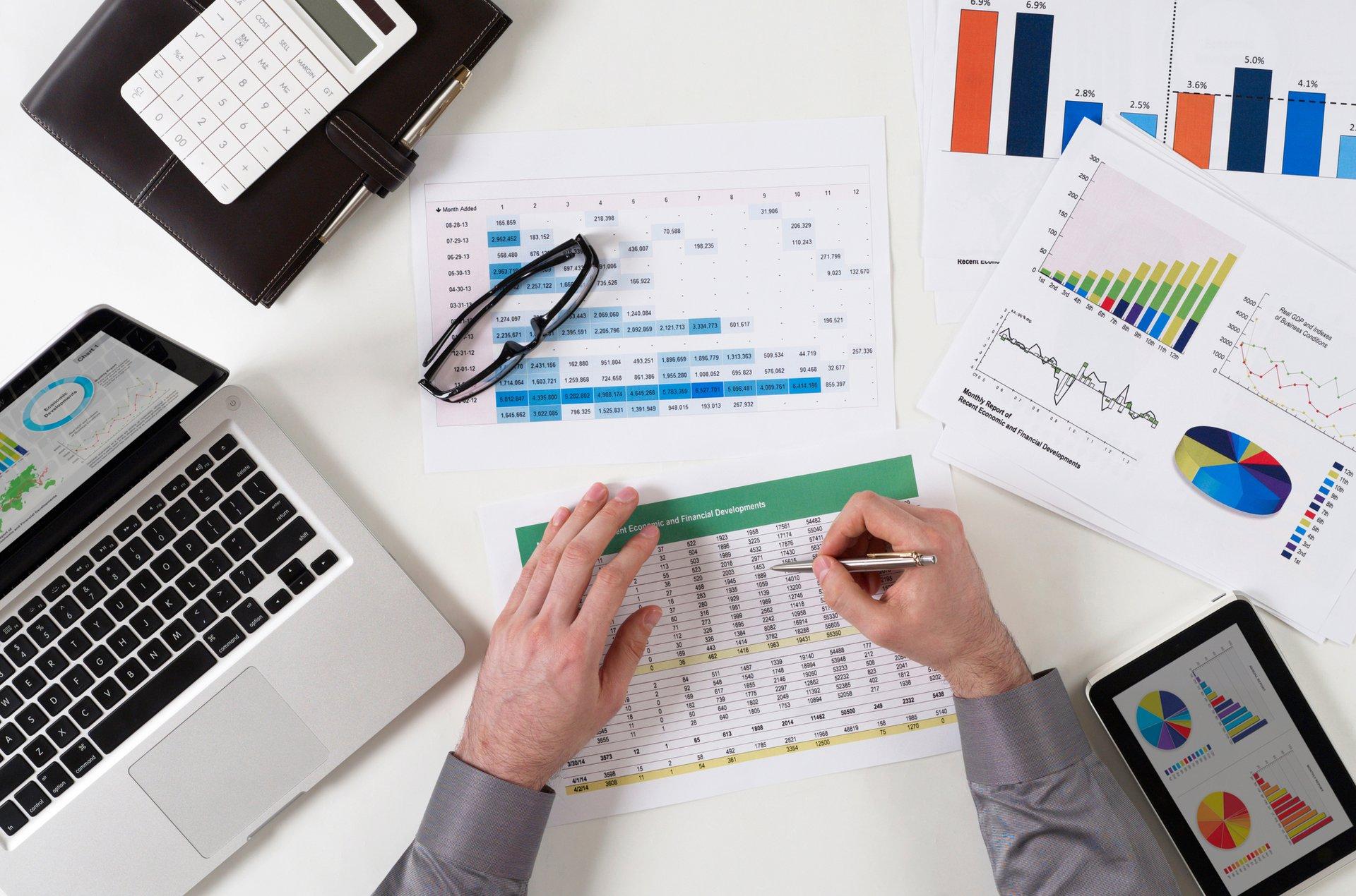 كيف تتكيف مع عملك وإدارة فريقك من المنزل باستخدام تخطيط موارد المؤسسات؟
