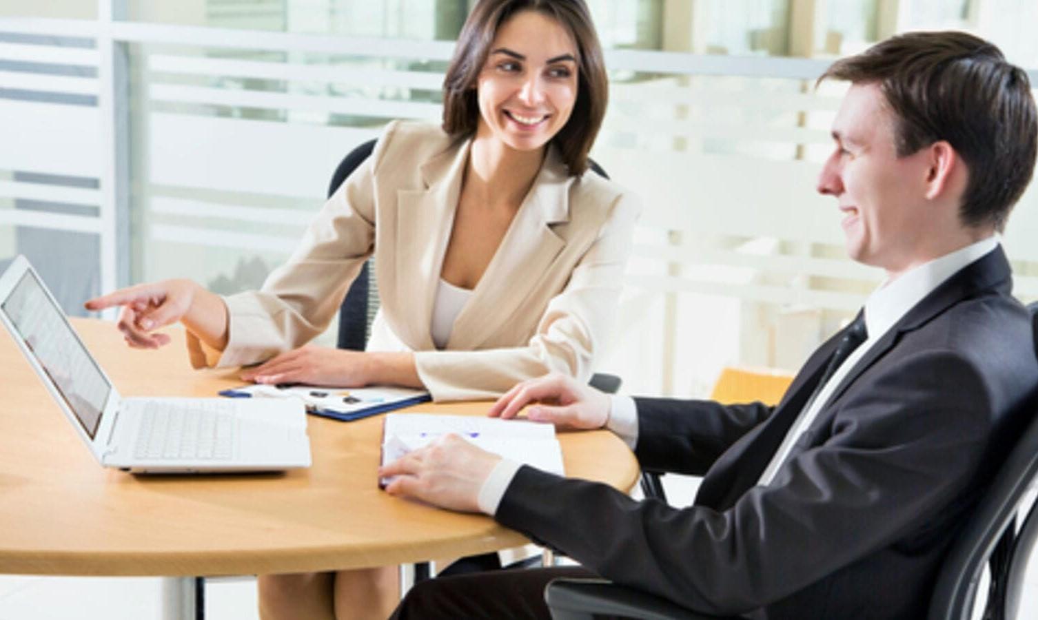 إليك كيف يمكن لبرنامج إدارة نقاط البيع أن يجعل عملك ناجحًا